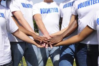volunteer114370359