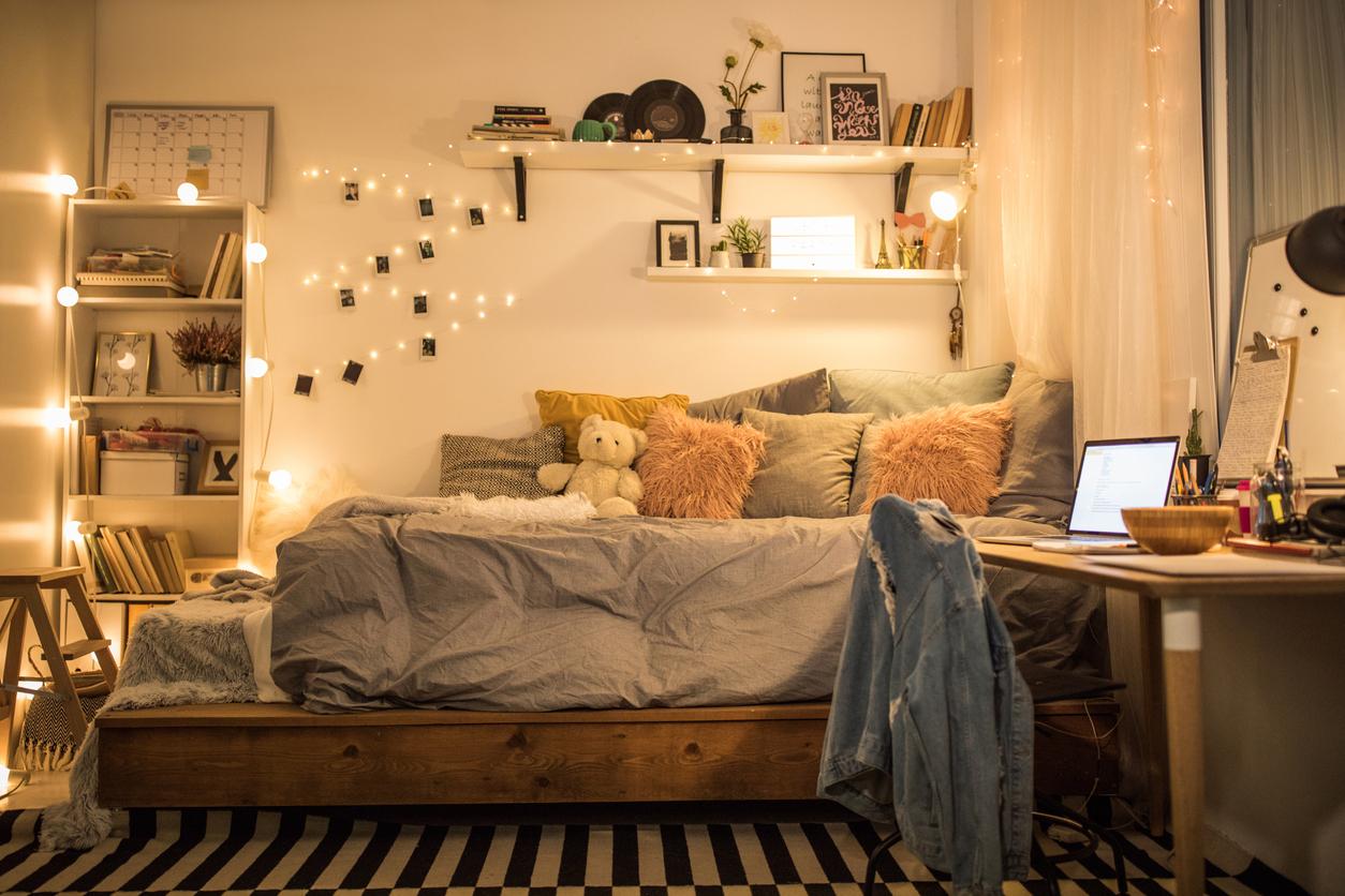 Dorm Room Designs on a Budget | The International Student Blog on Room Decoration Ideas  id=73991